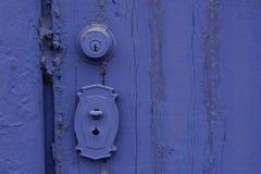 drzwiowy grunge malować purpury fotografia stock