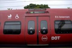DSB LOKALNY pociąg Zdjęcia Royalty Free