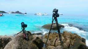 Dslr cameras shooting on a beautiful seascape
