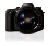 DSLR Kamera auf weißem Hintergrund Lizenzfreie Stockbilder
