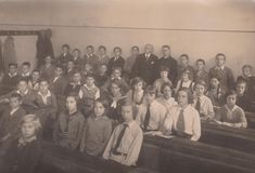 DT00032 HUNGARY CIRCA 1930`s Class Photo -Students royalty free stock photos