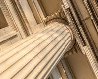 Détail architectural ionien de capital de colonne Photo stock