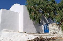 Détail d'une église en île d'Iraklia, Grèce Photographie stock libre de droits