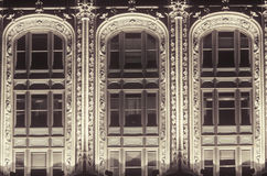 Détails occidentaux de bâtiment de rue dans le secteur financier, New York City, NY Photo libre de droits