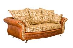 Duże wygodne piękne otomany z miękkimi poduszkami fotografia stock