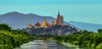 Duża Buddha statua przy Tygrysią jamy świątynią, Tajlandia obrazy royalty free