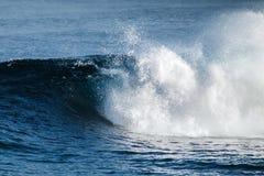 Duża burzowa ocean fala błękitna woda tło Obraz Royalty Free