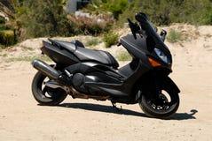 duża czarna skuter Fotografia Royalty Free