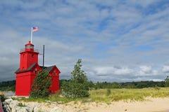 Duża Czerwona latarnia morska w Holandia Michigan zdjęcia stock