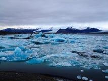 Duża lodowiec laguna w błękitnym podcieniowaniu Obraz Royalty Free