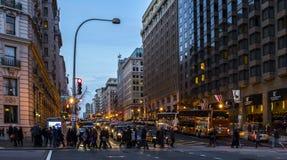 Duża miasto ulicy scena zdjęcia stock