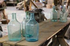 Duża pusta szklana butelka zdjęcia royalty free