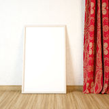 Duża puste miejsce rama na drewnianej podłoga z zasłoną Zdjęcia Royalty Free