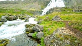 Duża siklawa Dynjandi z rzeką i doliną, Iceland zbiory