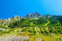duże krajobrazowe halne góry Kaukaz, Svanetia, Ushguli, Ushba, Gruzja Obrazy Royalty Free