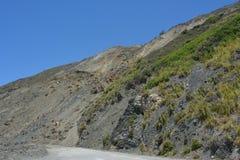 Dużej Sura centrali wybrzeża Kalifornia wspaniałej linii brzegowej zatoczki borowinowy obruszenie Zdjęcia Royalty Free
