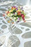 Dużo kwitną i bicykl Zdjęcia Royalty Free