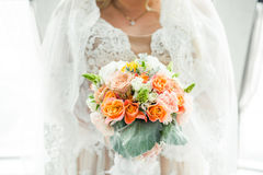 Duży ślubny bukiet przed ceremonią Obraz Royalty Free