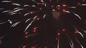 Duży świąteczny artyleryjski salut, fajerwerki zdjęcie wideo