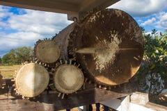Duży antyczny bęben jest w świątyni Krowa rzemienny bęben Obrazy Stock