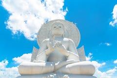 Duży Biały Buddha wizerunek w Saraburi, Tajlandia Obrazy Stock