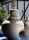 Duży biały ceramiczny słój zdjęcie royalty free