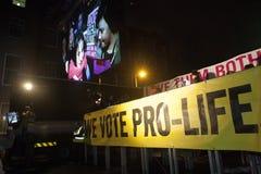 Duży ekran, Pro życie wiec w Dublin/(2) Zdjęcia Stock