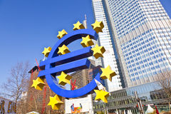 Duży euro sztandar i znak pozwalaliśmy my Obrazy Stock