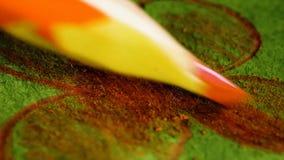 duży kropli zieleni liść makro- fotografii woda Ołówkowy rysunek na prześcieradle papier zbiory