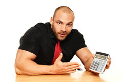 Duży mężczyzna z kalkulatorem Fotografia Royalty Free