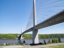 Duży most w Maine Nad rzeką zdjęcia royalty free