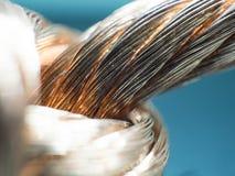 Duży nagi elektryczny drut, ampuła, zakończenie up, makro- Obraz Stock