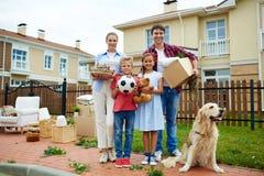 Duży nowy dom dla Kochającej rodziny zdjęcie stock