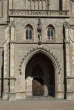 Duży Panna Poślubia kościelne pobliskie kości grobowcowe Obraz Royalty Free