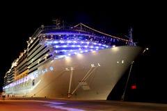 duży rejsu doku liniowiec nowożytny Obraz Royalty Free