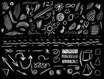 Duży set 105 kreślących projektów elementów, WEKTOROWA ilustracja odizolowywająca na czerni Białe skrobanin linie Zdjęcie Stock