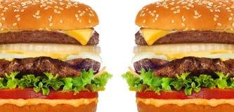 Duży smakowity cheeseburger jonu biel Zdjęcia Royalty Free