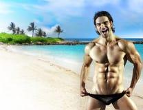duży sprawności fizycznej samiec modela uśmiech obrazy stock