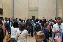 Duży tłum przy Mona Lisa Fotografia Stock