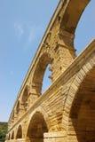 Du Gard van Pont brugfragment Stock Foto