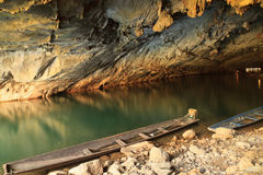 Duża jama w Laos, Konglor jama Obrazy Royalty Free