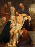 Антверпен - боль захоронения Иисуса художником Du Jardin от года 1867 в церков Willibrordus Святого стоковые фотографии rf