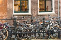 Duża liczba miasto bicykle na ulicie Utrecht, Nether Obrazy Royalty Free