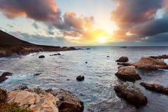 duży brzegowego oceanu pokojowy zmierzchu sur Zdjęcie Royalty Free