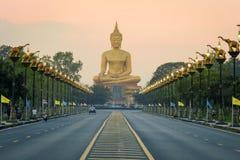 Duży Buddha przy Singburi Tajlandia Obrazy Royalty Free