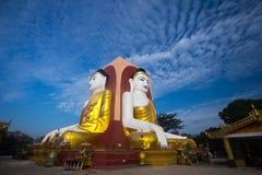 Duży Buddha w Myanmar Zdjęcia Stock
