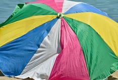 Duży kolorowy parasol Zdjęcie Royalty Free