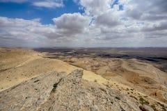 Duży krater HaMakhtesh HaGadol w Izrael Obrazy Royalty Free