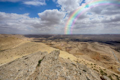 Duży krater HaMakhtesh HaGadol w Izrael Zdjęcia Royalty Free