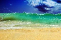 duży oceaniczna fala Zdjęcie Stock